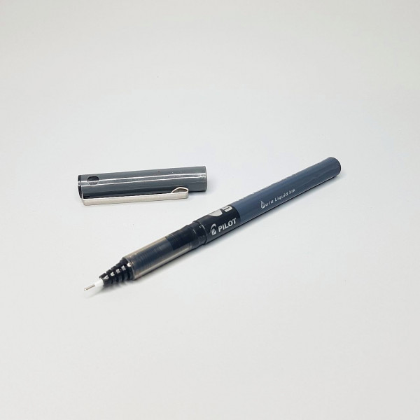 Ручка гелевая Pilot черная